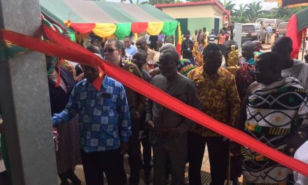 Hon. Kwaku Agyeman-Manu Commissions 10 Health Facilities in Central Region.