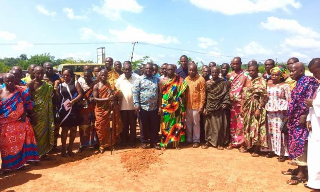 Health Minister cuts sod for projects in W/R