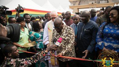 Photo of President Akufo-Addo Commissions 307 Ambulances